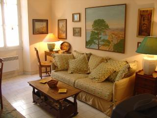 two bedroom in old antibes
