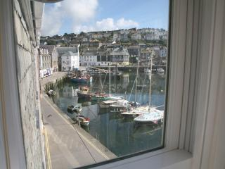 No5 Waterfront Court, Mevagissey