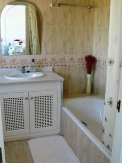 The ensuite bathroom to the second bedroom has a bath/shower, WC, bidet, heated towel rail