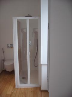 toilet suite 1