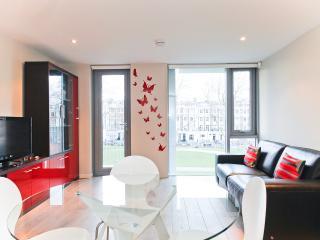 Islington quiet and modern flat, London