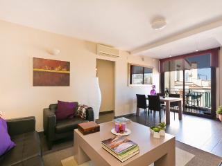 Penthouse Duplex +Terrace+Quie, Barcelona