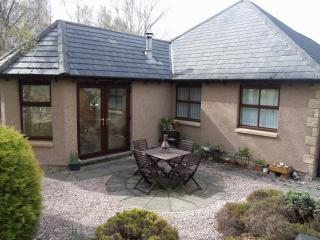 Honeybee Cottage -  Dalfaber, Aviemore