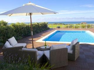 Golf and beach Villa, Obidos