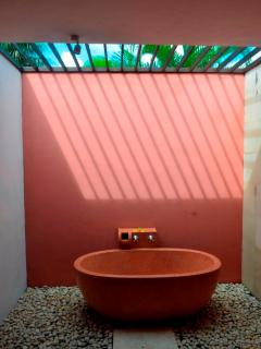 Bathtub in Bathroom 2