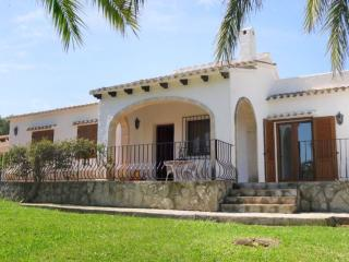 Villa Leon - Refurbished villa, Denia