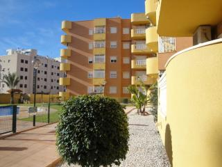 PTO03-2 Bed Apt Close To Beach