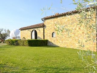 3 bedroom Villa in San Donato, Tuscany, Italy : ref 5229120