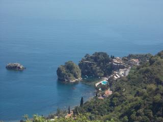 TAORMINA - Sea and Hill (free parking), Taormina