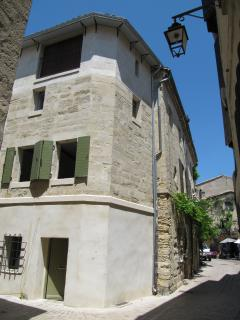 Beautifully renovated townhouse at the heart of historical Uzès.