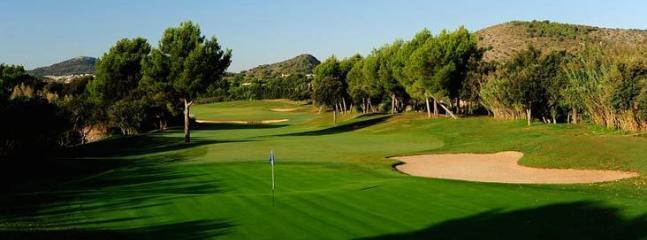 Golf Maioris within walking distance