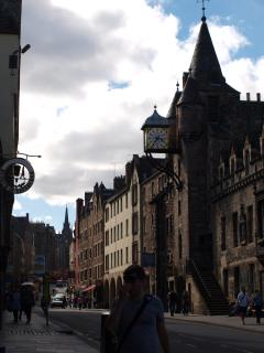 Historic Royal Mile (seconds from the central apartment with many bus routes on the doorstep)
