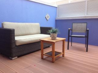 Elegant decor on our splendid terrace of 35 m2 for maximum comfort.