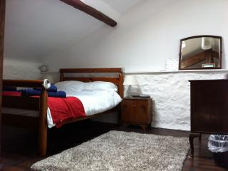 Double bedroom, 1st floor