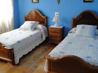 Casa de 150 m2 de 4 habitaciones en Muros del Nalo