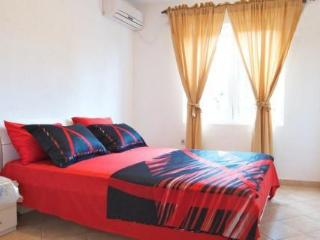 Maki Apartments, 4-6 persons, Radovici