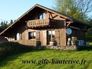 Ferme comtoise ou chalet bois, Hauterive-la-Fresse