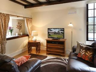 Vulcan Lodge - the Woodman Holiday Cottage