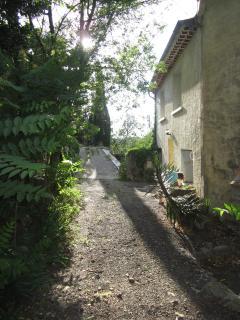 On Impasse du Chateau, actually a secret escape route for the Roman castle above.