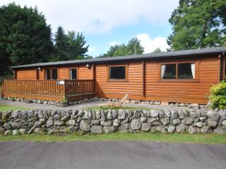 Luxury log cabin holiday rental, Kippford