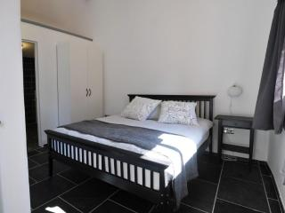 double bed room,