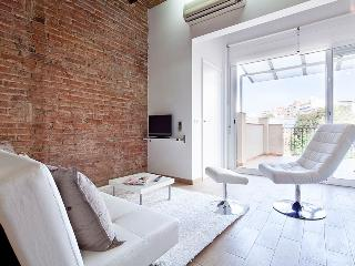 Fancy apartment with private terrace in Barcelona