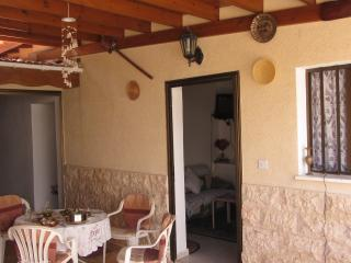 PISSURI VILLAGE CHEAP HOUSE, Pissouri