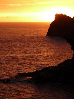 Stunning Cornish sunset are just a mile away!