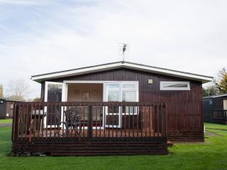 Chalet Cotswold Hoburn Holiday Park, South Cerney