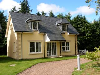 Holiday cottage in central Blairgowrie