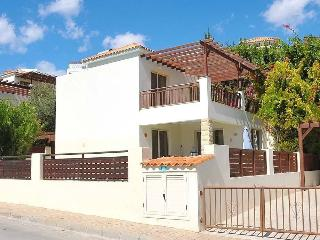 Out side view of this 3 bedroom villa with own pool, also has a upper garden to catch the sun