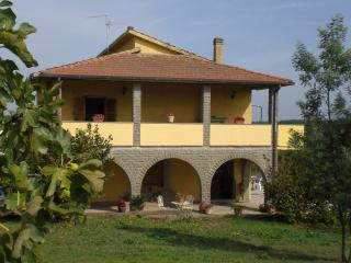Front of the house with view of first loor loggia