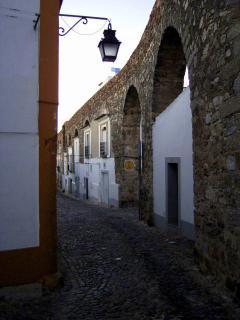 Evora Aqueduct and Historical Centre