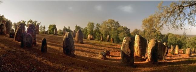 Cromeleque Site