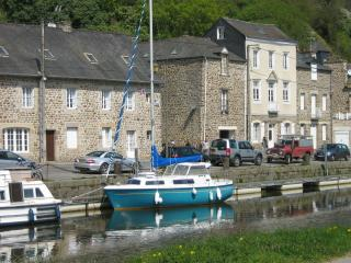 rue du quai Dinan, Lanvallay