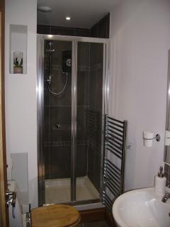 This is the shower room when both bedrooms are in use. There is also the ensuite off the rear bedroo