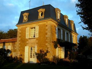 Mansart  1845, Parc 2 h 5  4 chambres 10 personnes