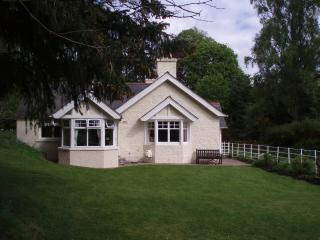 Craiglarach cottage