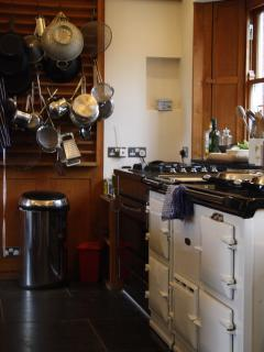 The aga and gas oven/hob in the kitchen