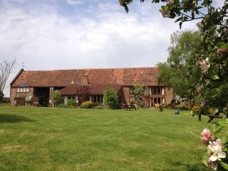 Penbridge Court Estate - Barn & 3 Cottages