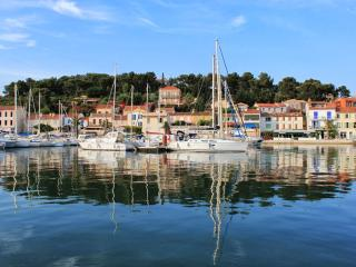 Holiday apartment in Saint Mandrier sur Mer, Provence (Var, south of France)