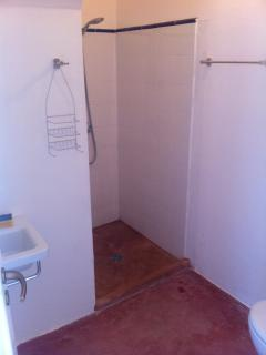 upstairs bathrooms with shower