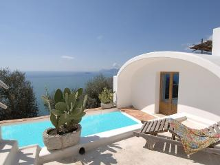 Amazing villa with pool - V707, Praiano