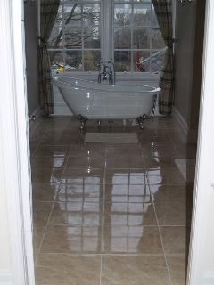 Master en-suite with claw foot bath