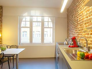 Stations3t House - Bed and breakfast in Ypres...