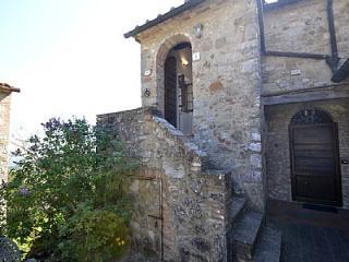 Casa Verdiana D, Pari