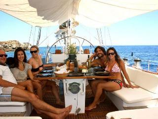 Sailing boat Charter Sardinia, Sardegna, Castelsardo