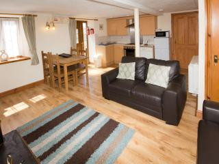 Yr Eifl Cottage at Cerrig y Barcud Holiday Cottages Anglesey