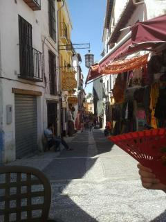 Calderería - Moroccan Tea Houses and Bazaars, lower Albaycín