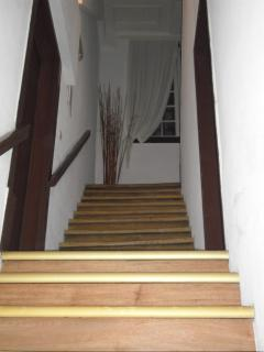 stairs (no lift)